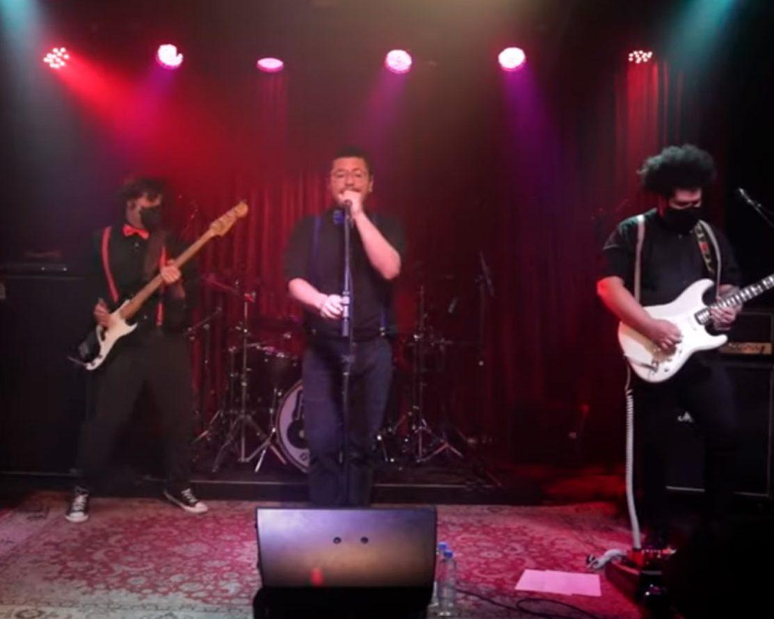 Live Musical Beneficente - Banda Mr. 80